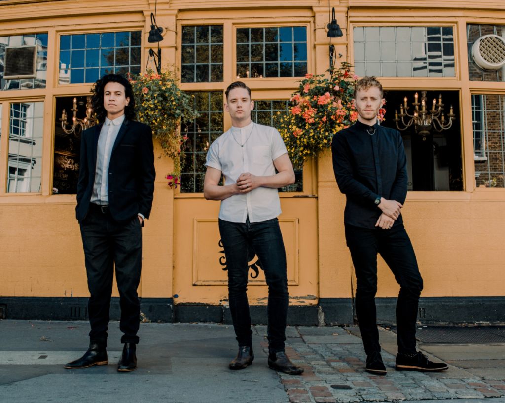 Marsh Trio - 5 New Acts for Summer